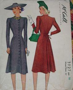 McCall 3927: Misses' dress
