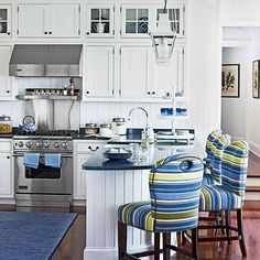 30 Awesome Nautical Kitchen Design And Decor Ideas Beach House Kitchens, Home Kitchens, Coastal Kitchens, Dream Kitchens, Home Interior, Interior Design, Nautical Interior, Interior Modern, Kitchen Interior