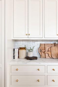 Kitchen Redo, Home Decor Kitchen, Kitchen Interior, New Kitchen, Home Kitchens, Kitchen Remodel, Kitchen Staging, Natural Kitchen, Design Kitchen