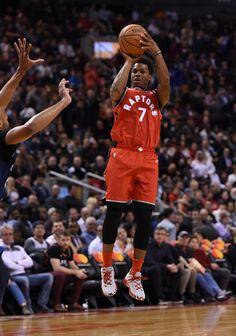 Street Basketball, Basketball Shooting, Nba Basketball, Basketball Wallpapers Hd, Nba Wallpapers, Toronto Raptors, Raptors Wallpaper, Kyle Lowry, La Clippers