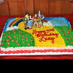 wizard of oz cake images - Google Search...maybe without the figures, rainbow in the center etc...