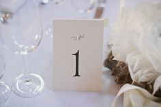 Table number | Feather wreathes