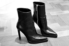 boots heels #style #fashion #accessories