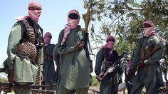 Heavily-clad armed to the teeth Somali Insurgents https://flic.kr/p/6WtydA   somalia_1124