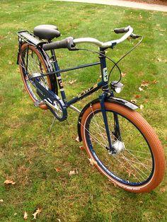 Elizabeth J, New Mixte by ANT Bikes || via Flickr