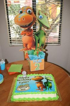 Dinosaur Train Birthday Party Centerpieces @ playpatterns.net