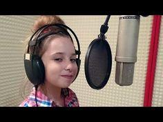 Maja Zimanová - Taká je láska mojej mamy (Letí pieseň, letí 2017) - YouTube Over Ear Headphones, Youtube, Youtubers, Youtube Movies