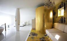 Amazing Futuristic Inteiror Design : Ultra Modern Futuristic Interior Design With Nice Pillar And Cool Faucet For Bathtub Also Good Bedroom