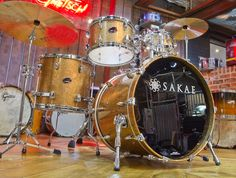 Sakae The Almighty Gold Champagne Maple Drum Kit