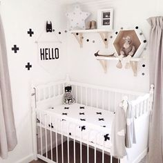 • Well.. HELLO there • • by @shelley_001 • #nordic#barnrom#girl#boy#pige#dreng#børneværelse#black#white##grey#pretty#interioer4all#interior123#design#danish#style#babyroom#room#inspiration#play#bed#doll#star#interior#baby#cool#kids#nordickidsliving