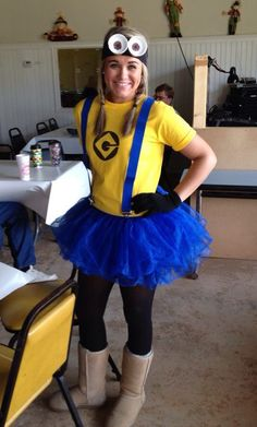 the office halloween costumes Minion Kostm selber machen Carnaval Costume, Minion Halloween Costumes, Diy Halloween Costumes, Costume Ideas, Halloween Ideas, Work Appropriate Halloween Costumes, Halloween Skirt, Costume Contest, Halloween Party