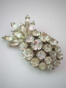 Vintage Diamante Pineapple Brooch