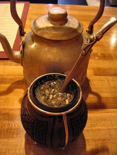 Why Yerba Mate tea? Yerba Mate contains 24 vitamins/minerals and 15 amino acids. The unique combination of stimulants in Yerba Mate provides balanced and sustained energy with improved mental clarity and focus, without jitters, anxiety, irritability, or insomnia. Mate speeds up metabolism and curbs appetite.