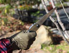 Gardening magazine BISES No.94 バラ研究家の梶みゆきさんプロデュース「花つくり」の道具たち。