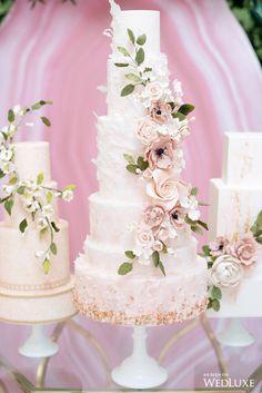 Indescribable Your Wedding Cakes Ideas. Exhilarating Your Wedding Cakes Ideas. Wedding Cakes With Flowers, Elegant Wedding Cakes, Elegant Cakes, Beautiful Wedding Cakes, Flower Cakes, Cake Flowers, Fondant Flowers, Beautiful Cakes, Wedding Cake Decorations