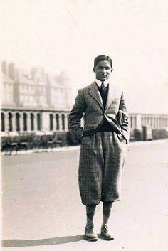 Outstanding tweed plus fours suit.
