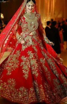 Looking for Bridal Lehenga for your wedding ? Dulhaniyaa curated the list of Best Bridal Wear Store with variety of Bridal Lehenga with their prices Indian Bridal Outfits, Indian Bridal Fashion, Indian Bridal Wear, Pakistani Bridal Dresses, Shadi Dresses, Indian Wedding Lehenga, Bridal Lehenga Choli, Designer Bridal Lehenga, Bridal Red Lehenga