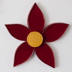 Burgundy red ceramic flower 3d ceramic wall art Dimensions: 28cm x 29cm x 2cm Handmade unique piece made in our small and family studio using traditional processes and committed to the environment. We