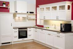 Landhausstilküche in Weiß