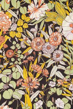 Slide View: 5: Plum & Bow Mila Allover Floral Duvet Snooze Set