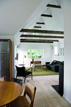 Billedresultat for til. Modern Cottage, Diy Chair, Modern Kitchen Design, Style At Home, My Dream Home, Nars, Sweet Home, Living Room, Interior Design