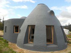 Houses made of Earthbags - wow-...Earthbag Building: La Casa Vergara