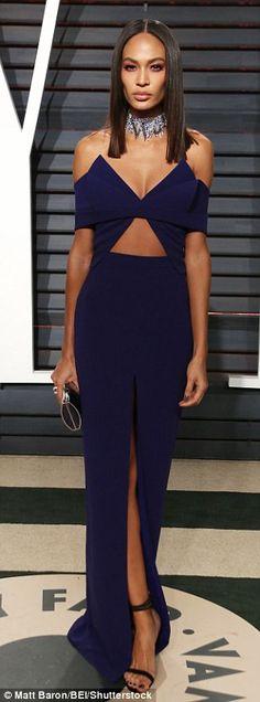 Jennifer Aniston leads glamour at Vanity Fair Oscars bash | Daily Mail Online