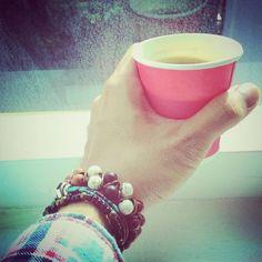 Caffeinated breath  #somethingcolorfultoday #green #bracelet #kamil_accessories #kamil #delucadecor