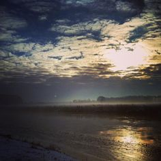 Fijne week! - Have a nice week!  #sunrise #cloudporn #Mooirivier #Vechtdal