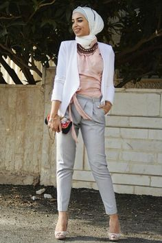 Cigaret pantes with blazer and jewelry - check out: Esma <3