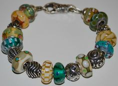 Drooling over this color combo, so yummy! #trollbeads