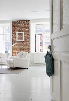 brickwall + white floor