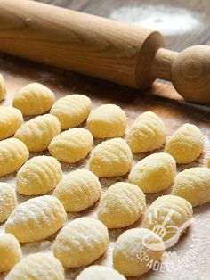 Gnocchi di patate gluten free The gluten-free potato Gnocchi give great satisfaction, once prepared at home with your own hands. Gluten Free Recipes, Healthy Recipes, Healthy Meals, Slow Metabolism, Gnocchi, Party Buffet, Fodmap, Healthy Cooking, Food And Drink
