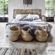 Today from rustic bedroom stylish by 🖤🖤🖤 Up House, House Rooms, Living Rooms, Bedroom Decor On A Budget, Bedroom Ideas, Autumn Interior, Style Me Pretty Living, Bedroom Vintage, The Bikini