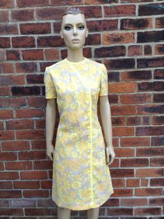 Hey, I found this really awesome Etsy listing at https://www.etsy.com/listing/241045727/cool-60s-vintage-yellow-psych-floral