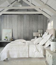 Спальня в цветах: Белый, Светло-серый, Серый, Черный. Спальня в стиле: кантри.