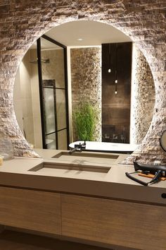 Stunning modern bathroom with a large round LED mirror combined with a Diresco Belgian Sand quartz composite sink Bathroom Design Luxury, Modern Bathroom Design, Modern House Design, Modern Large Bathrooms, Modern Bathroom Mirrors, Zen Design, Industrial Bathroom, Bathroom Designs, Design Ideas