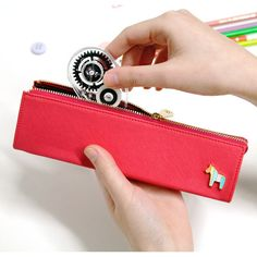 Donbook Pony handmade triangle pencil case pen pouch D (http://www.fallindesign.com/donbook-pony-handmade-triangle-pencil-case-pen-pouch-d/)