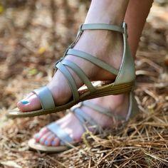 0a6edaeb35fbf 48 Best • Shoes • images