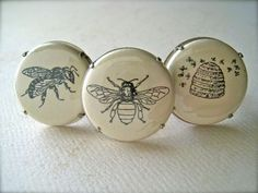 ≗ The Bee's Reverie ≗ Bee buttons   FoamyWader on Etsy