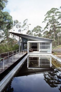 Simpson-Lee House. Mount Wilson, New South Wales, Australia. Glenn Murcutt. 1989