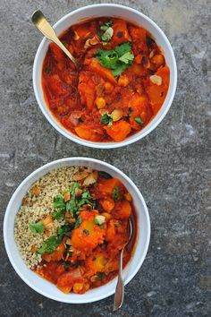 Vegan Moroccan Spiced Pumpkin And Chickpea Stew / Happy Hearted Kitchen Veggie Recipes, Soup Recipes, Vegetarian Recipes, Cooking Recipes, Healthy Recipes, Healthy Foods, Dinner Recipes, Moroccan Stew, Chickpea Stew