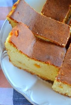 Tradycyjny wilgotny sernik na kruchym spodzie. Polish Desserts, Polish Recipes, Polish Food, Polish Cake Recipe, Sweet Recipes, Cake Recipes, Xmas Food, Pumpkin Cheesecake, Love Food