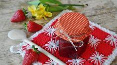 Najlepšie džemy prvej polovice leta - Žijeme zdravo Strawberry Jam Recipe No Pectin, Sugar Free Strawberry Jam, Homemade Strawberry Jam, Strawberry Balsamic, Strawberry Preserves, Strawberry Fruit, Canned Strawberries, Jam Tarts, Valentine Special