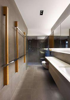 Decorating Tips For A Narrow Bathroom