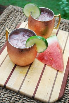 Watermelon Moscow Mule - a super simple, refreshing summer cocktail! | www.meredithnoelle.com