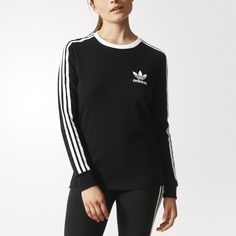 Inspired by an '80s favourite from the adidas archives, this women's t-shirt has an easy-to-wear relaxed fit. It features 3-Stripes on the sleeves and a flock-print Trefoil logo on the left chest for timeless adidas Originals style.
