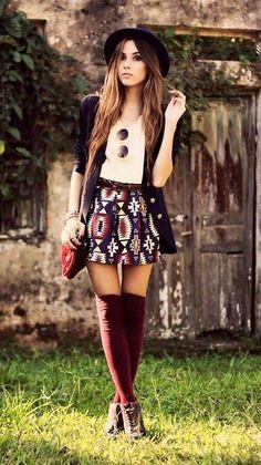 #medias largas #tinto #outfit #minifalda