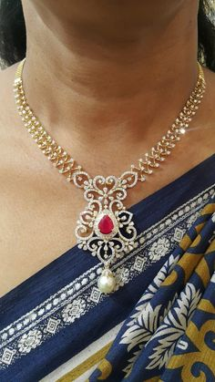 – Gold Diamond Necklace with South Sea Pearls & Color Stones Gold Necklace Simple, Diamond Necklace Set, Gold Jewelry Simple, Indian Diamond Necklace, Diamond Pendant, Gold Earrings Designs, Gold Jewellery Design, Diamond Jewellery, Pearl Necklace Designs