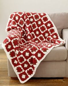 Christmas Granny Square Afghan | Free pattern.